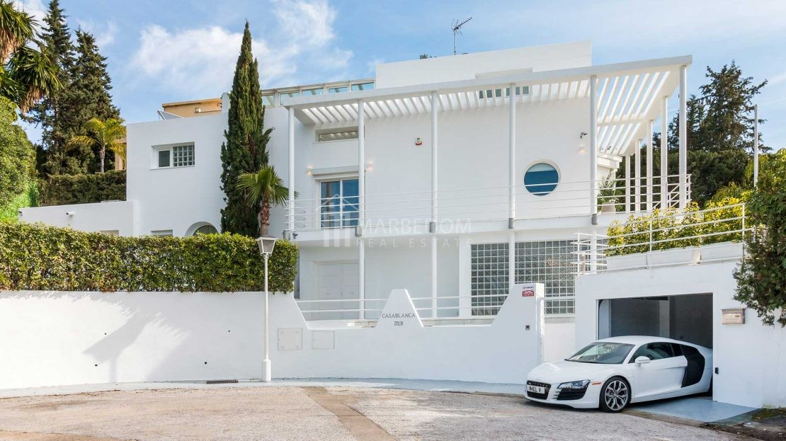 FANTASTIC-4-BEDROOM-VILLA-IN-NUEVA-ANDALUCIA