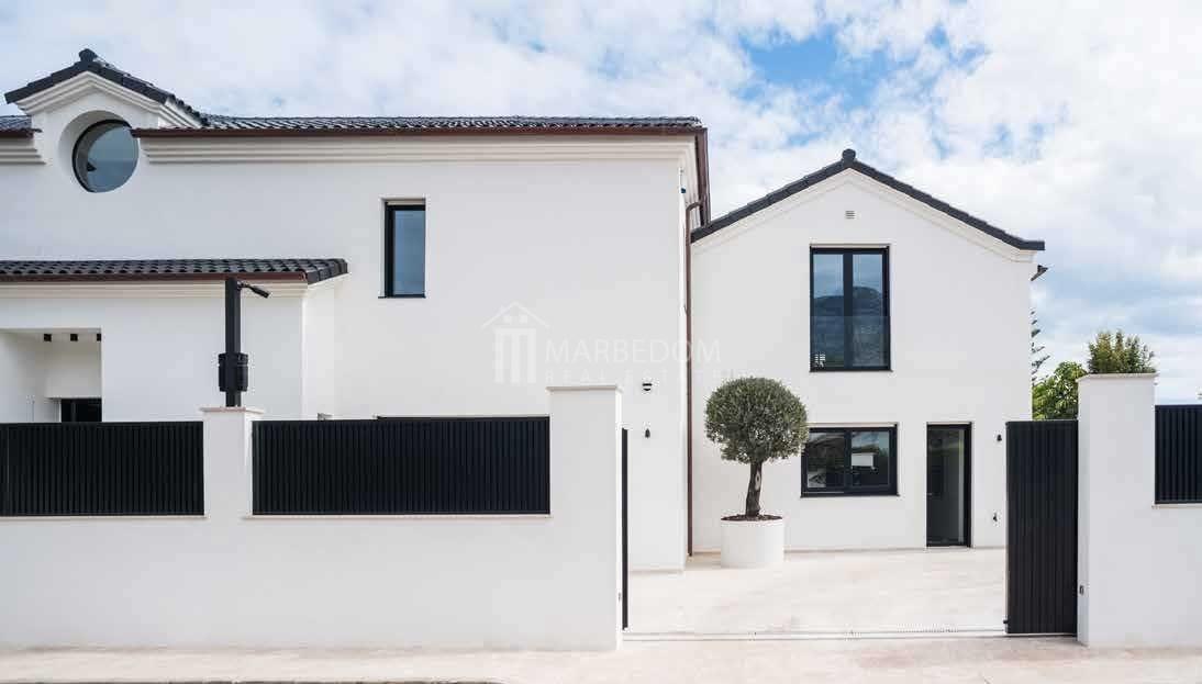 Sleek-Villa-in-Golden-Mile-Marbella